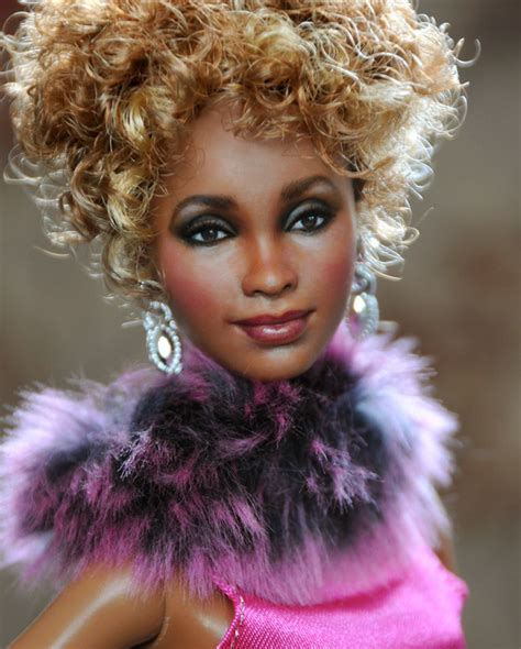 Best 25+ Celebrity Barbie Dolls Ideas On Pinterest