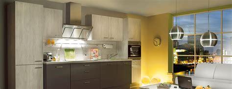 cuisine ixina avec large plan de travail photo 2 15 mod 232 le pr 233 sent 233 bahia disponible 224