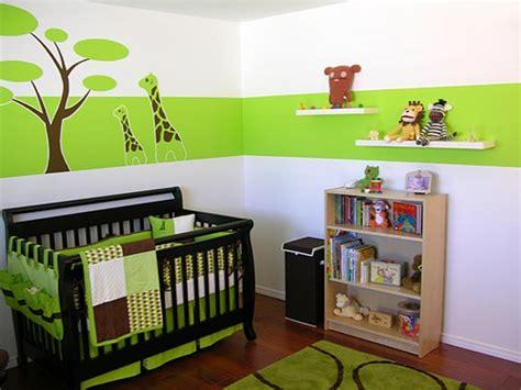 chambre bébé verte 7 idées de chambres de bébé joliment teintées de vert