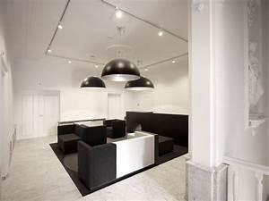 Futuristic Office Interior Design With Black White Themes ...