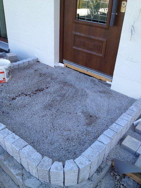 hauseingang pflastern ideen gepflasterter hauseingang stufe aus granitpalisaden hauseingang hauseingang