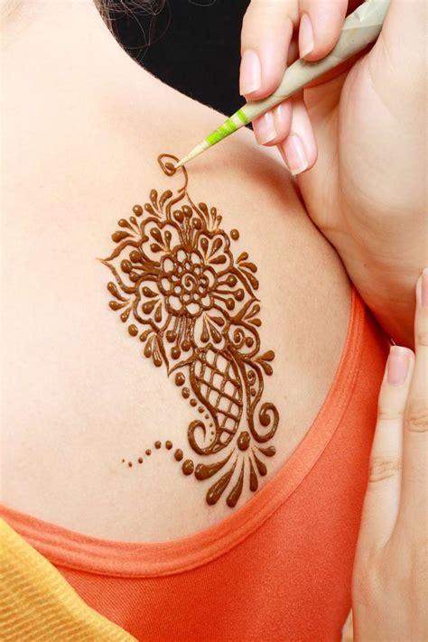 anleitung henna tattoo selber machen inkl mustermotive