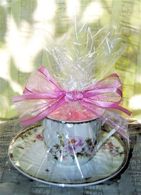 candle   pretty  burn holidayparty gifts