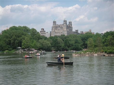 Paddle Boating Central Park Nyc by Best Water Activities In And Around New York City