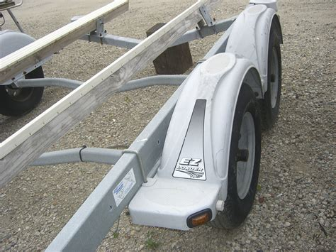 Boat Trailer Dual Axle by Tandem Axle Boat Trailer The Hull Boating And