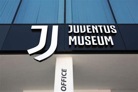 si鑒e social allianz foto juventus come si presenta il nuovo logo allo stadium archistadia