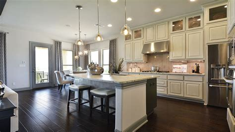 Fort lauderdale kitchen is the manufacturer and wholesaler for distinctive, stylish, and fine cabinetry for kitchens and baths serving the south florida area. Kitchen Photos - Burrows Cabinets - central Texas builder ...