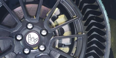 michelin rolls   airless tire    puncture