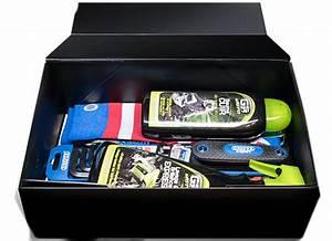 Cadeau Pour Un Motard : motard society la 1 re box 100 moto coffrets cadeau pour motards ~ Melissatoandfro.com Idées de Décoration