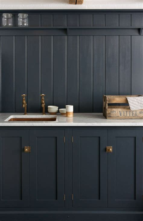 top hardware styles  pair   shaker cabinets