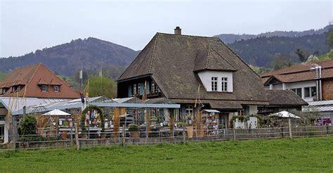 Haus Unter Glas by Ein Haus Kommt Unter Glas Glottertal Badische Zeitung