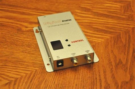 1.2ghz 1500mw 8 Channel Digital Wireless Av Transmitter