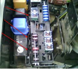 How Do You Change The 120a Fuse In A Lexus Ls 400  1995  I Cant Seem To Find The Location To
