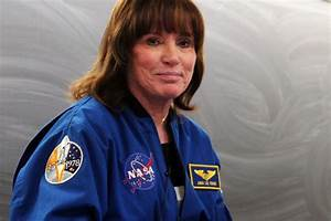 Astronaut Anna Lee Fisher inspires UCLA chemistry and ...