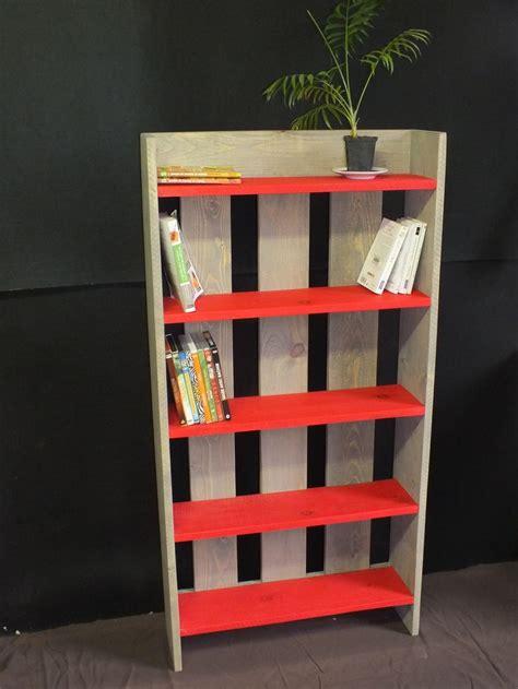 wooden pallet shelf bibliotheque etagere en bois de