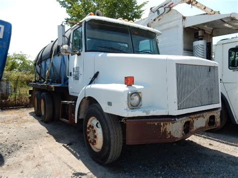 white gmc wg griffith truck equipment