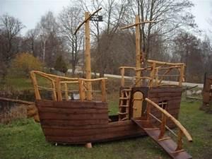 Holzhaus Kinder Garten : piratenschiff holzhaus kinderspielhaus gartenhaus spielhaus holz kinder pinterest ~ Whattoseeinmadrid.com Haus und Dekorationen