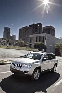 Jeep Compass Fiche Technique : fiche technique jeep compass 2 2 crd136 fap 70 me anniversaire 4x2 l 39 ~ Medecine-chirurgie-esthetiques.com Avis de Voitures