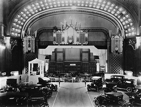 Cincinnati music hall has closed and is undergoing a complete renovation. Cincinnati Auto Shows in Music Hall - SPMH - Society for the Preservation of Music Hall