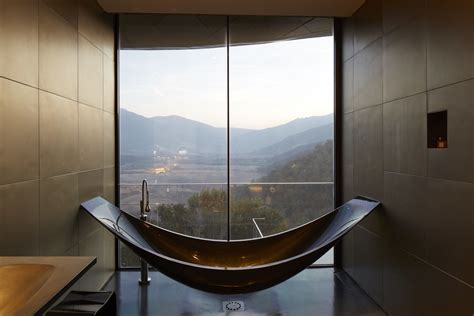 Bathrooms Of The World : The World's Most Luxurious Hotel Bathrooms