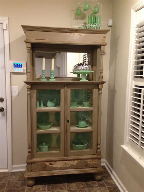 Kitchen Hutch Display by Kitchen Hutch To Display Jadeite For The Home