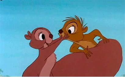 Disney Squirrel Kiss Animated Gifs Buziak Tenor