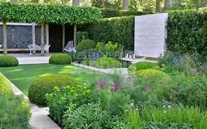 Jardin devant maison moderne avec haute qualite fonds d for Idee amenagement jardin de ville 0 amenagement de jardin contemporain 26 quand 2