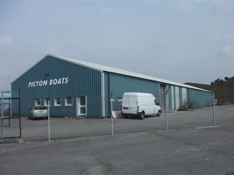 light industrial to rent in unit 1 st theodores way