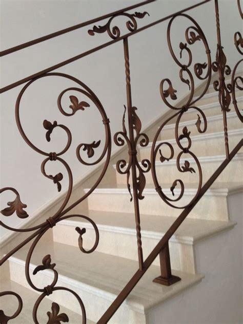 ringhiera in ferro battuto per interno ringhiere in ferro e legno per esterni con ringhiere in