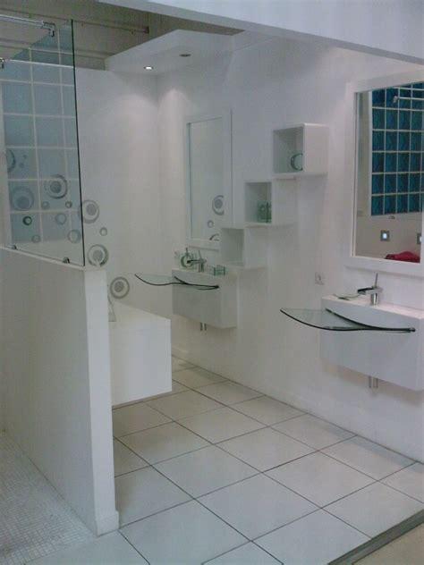 addict show room salle de bains leroy merlin