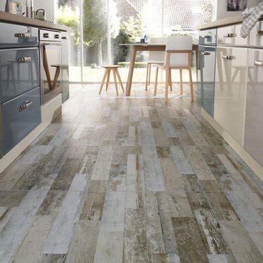 carrelage sol pour cuisine carrelage gris clair ou anthracite on aime les deux