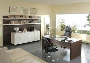 Image of: Office Decorating Idea Furniture The Brilliant Small Office Decoration Ideas
