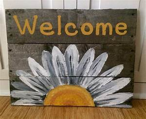 Reclaimed, Wood, Welcome, Sign, With, White, Daisy, By, Hippiehoundusa