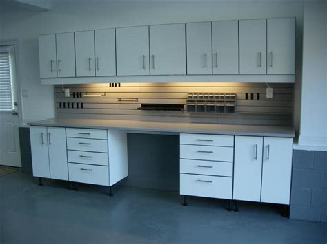 Finding Great Garage Cabinet Plans