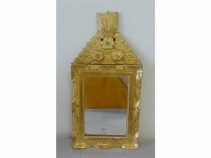 Petit Miroir Carré : petit miroir carr dans un cadre en bois dor ~ Teatrodelosmanantiales.com Idées de Décoration