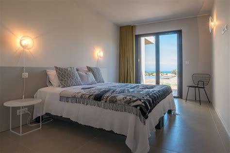 chambres avec vues plage de santa giulia vue mer villa en vente à porto vecchio