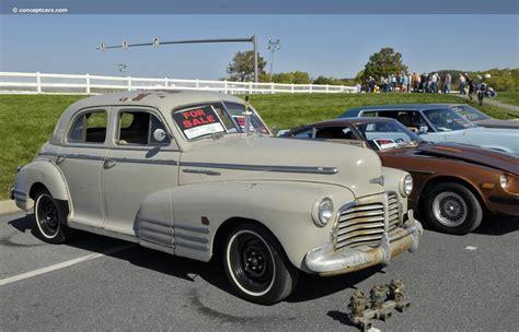 1942 Chevrolet Fleetline Series BH Image. https://www ...