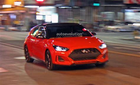 Spyshots 2019 Hyundai Veloster Undisguised During Shoot