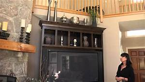 How to Decorate the Top of an Entertainment Center