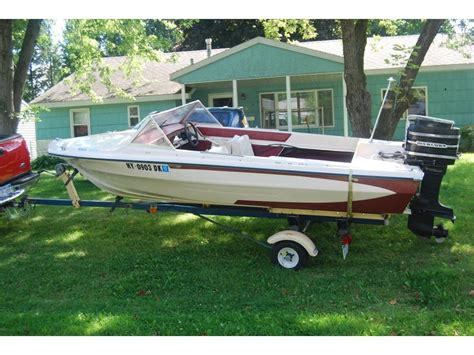 Glastron Boats For Sale In New York by Glastron New And Used Boats For Sale In New York
