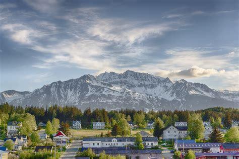 beautiful charming towns  alaska