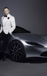 Daniel Craig 007 James Bond Aston Martin Car Photoshoot