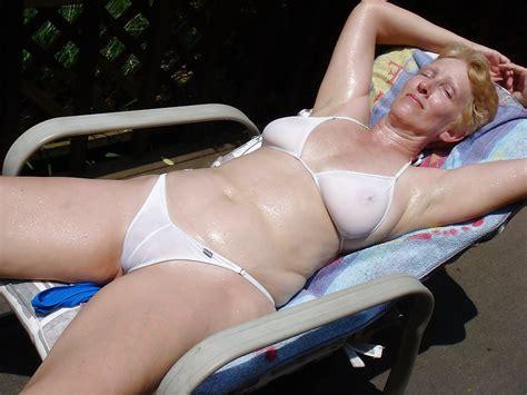 Mature Moms And Milf In Bikinis 98 Pics Xhamster