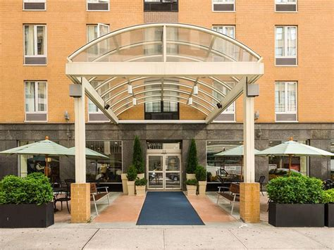Best Price On Holiday Inn Express New York City Chelsea In