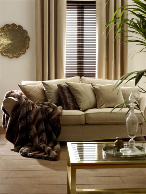 shades and drapes a stylish combination wood venetian blinds and curtains