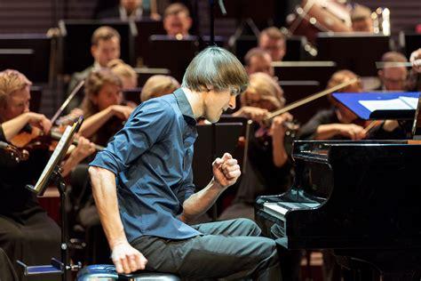 Liepājas Simfoniskais orķestris sadarbību ar Vestardu ...