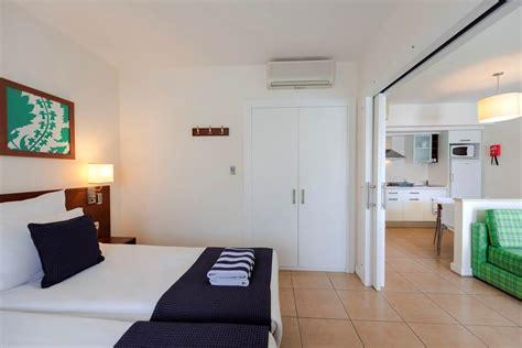 barut  suites side voyager travel direct