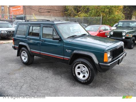 jeep cherokee sport green 1996 jeep cherokee sport 4wd in bright jade green 297319