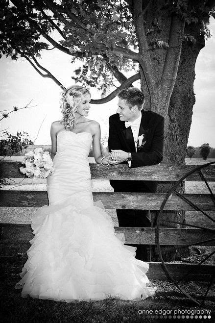 12012 country wedding photography poses 25 best ideas about groom poses on