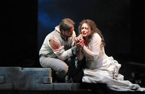 opera chicago tosca lyric spattered presenting puccini blood production season grim tribune wescott stacey